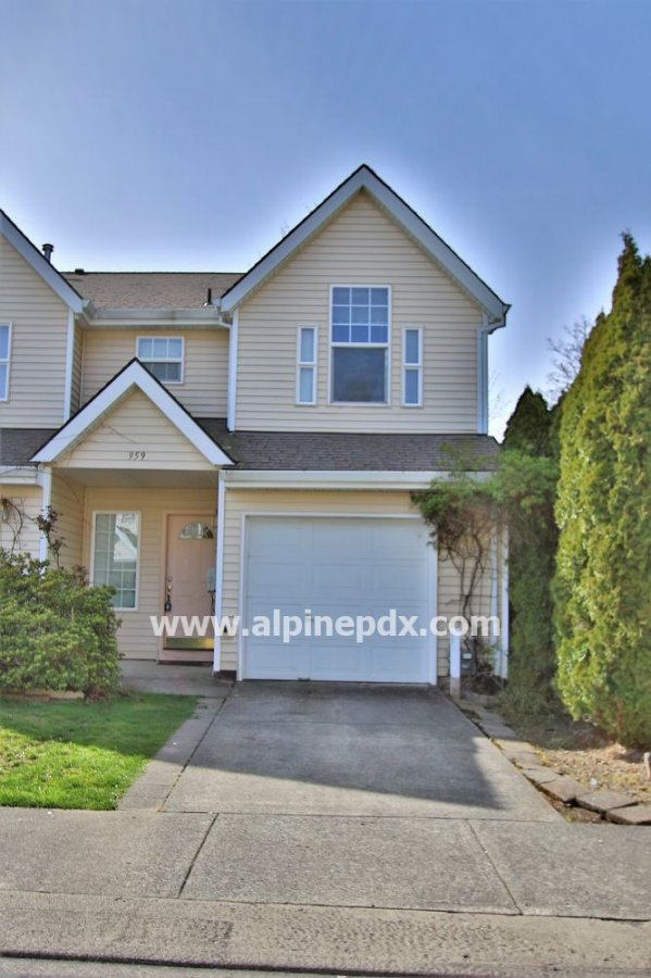 property_image - Townhouse for rent in Portland, OR