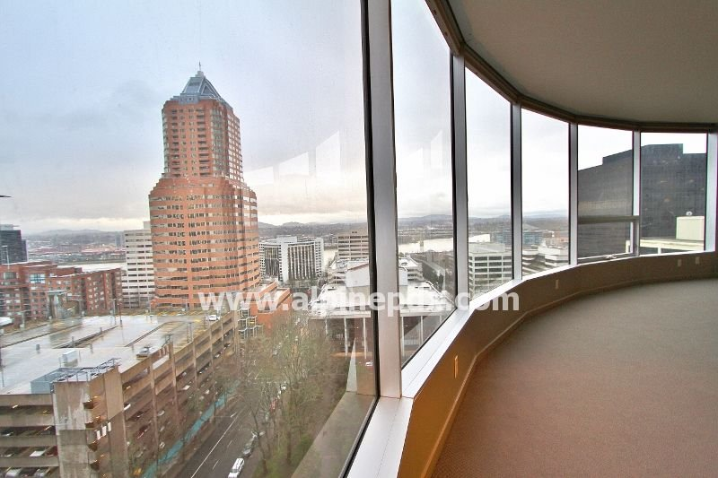 property_image - Condominium for rent in Portland, OR